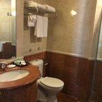 Common Bathroom2