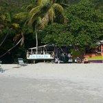 Photo de Elm Beach Suites