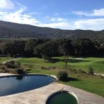Piscina estiva e campo da golf