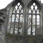 Ennis Friary. Bellissima! Fa parte dei beni culturali curati dall'Heritage Ireland.