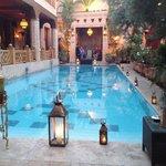 Piscina interna del Riad