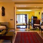 Mandara Suite previous lounge