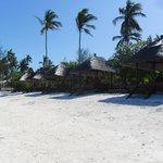 Private beach & cabanas