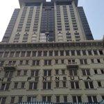 La grande torre dell'hotel