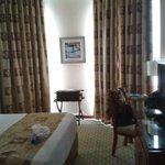 Wyndham Room - queen bed