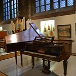 Vleeshuis, muziekinstrumentenmuseum