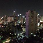 Vue du balcon de nuit
