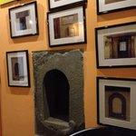 La Buchetta eram portinholas usadas na época da Peste por onde as pessoas podiam pegar o vinho s