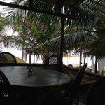 Vista desde el restaurante hacia la playa