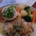 Tuna with onions