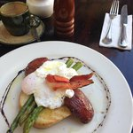 Bacon, egg, asparagus sandwich with balsamic-roasted tomato