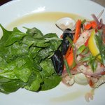 Seafood Salad with Spinach & Vinagrette on the side.