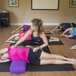 Fitness: Group Yoga