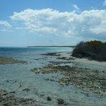 au bout de la plage vers le pestana