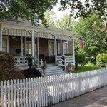 aunt Clara 's cottage
