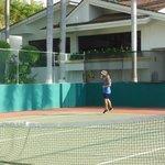 Jugaba tenis