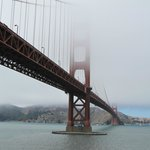 Golden Gate Bridge, vista de baixo