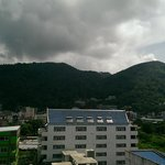 Roof view of the mountains