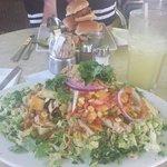 Big small salade + mini bun