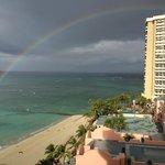 さっと雨が降ったあとに虹が!!!