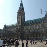 Hamburg Rathaus Meeting Point