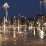 вечерняя прогулка к фонтанам
