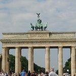 Brandenburg Gate, tour meeting point
