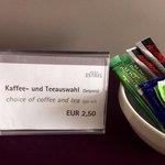 Nirgendwo auf dieser Welt kassiert ein Hotel dieser Klasse 2,50€ für Instant (!!) Kaffee?!?