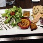 Déclinaison de différents foie gras (crème brûlée au foie gras, foie gras aux figues et foie gra