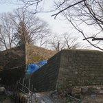 修築中の出櫓跡