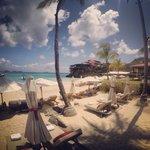 La spiaggia dell'albergo