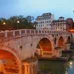Ponte sisto bridge near the hotel