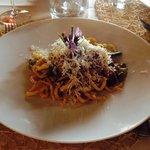 Pinci ragù di agnello e asparagi, pecorino