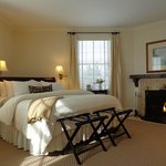 Plush king beds, fireplaces, luxe amenities, gorgeous lake views...