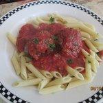 Pasta w/Meatballs & Marinara Sauce