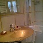 la salle de bain ...un peu bling-bling
