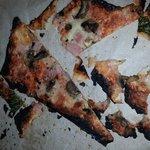Searles burnt pizza....zero apology. ..stay away