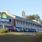 Welcome to the Days Inn Concord- S. Main St.