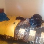bed, nice sheets