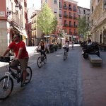 Riding through the side-streets of Madrid with Bravo Bikes (07APR2014)