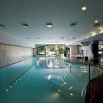 SPA-indoor-pool