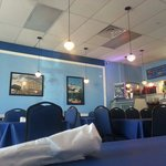 Before the rush...time for gyros