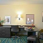 Denver - Brighton Two Queen Guest Room