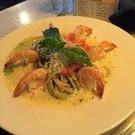 Pesto prawns pasta!! Amazing!!