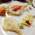 Omelette de queso de cabra con guarnición de verduritas deliciosas