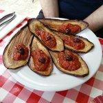 Aubergines à la tomate. ... excellentes !!