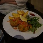 fish cakes with sweet thai sauce
