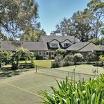 Havelock House B&B tennis court