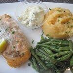 escaloppe de saumon purée de rutabaga et haricots verts