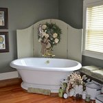 Suite Soaking Tub